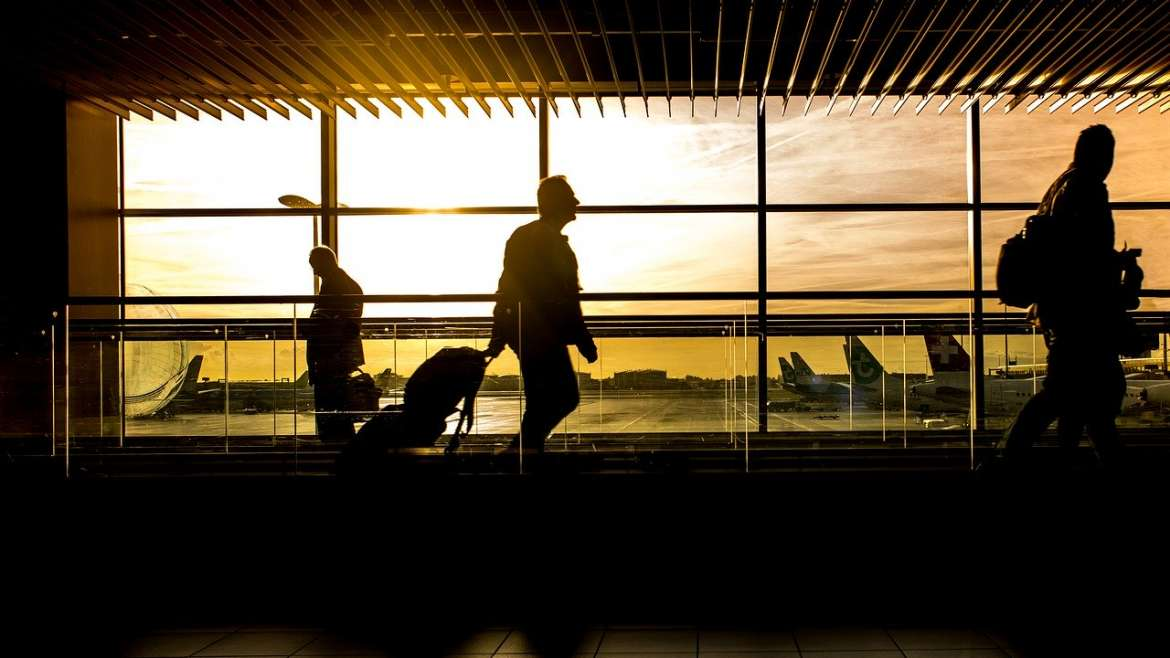 7 Tips to Survive an Extended Business Trip